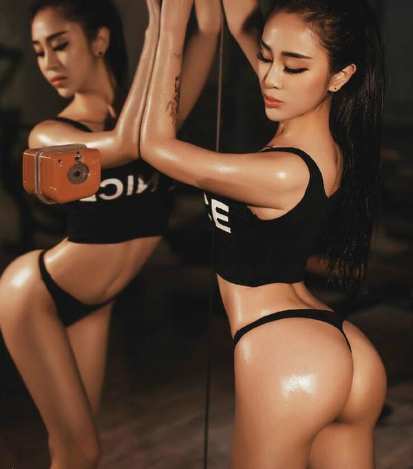 【转载】中国卡戴珊!翘臀小妖精王一涵秀曼妙身材  - denny - denny999的博客