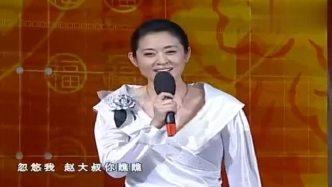 喜剧小品:没想到赵本山改行送水碰到梦中情人倪萍了,太搞笑了