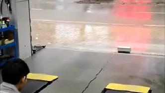 为什么安全气囊比车祸还危险,按下开关那刻,谁扛得住!