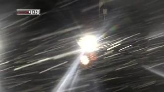 """夜间实弹射击考核 感受来自4500米高原的""""火树银花"""""""