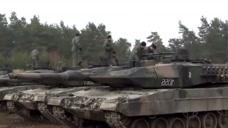 豹2A5主战坦克军事训练,曾号称120毫米主炮独步天下