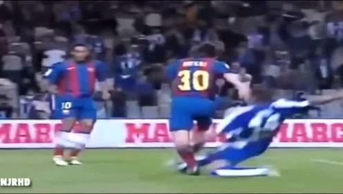 时光飞逝 十四年前的今天 梅西代表巴萨在西甲首秀