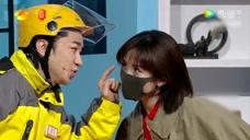 谢娜神模仿腾格尔,王祖蓝吐槽带口罩的谢娜是沈腾,扎心了
