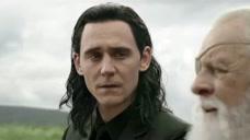 奥丁道别了儿子,变成青烟飘走了,雷神非常伤心难过