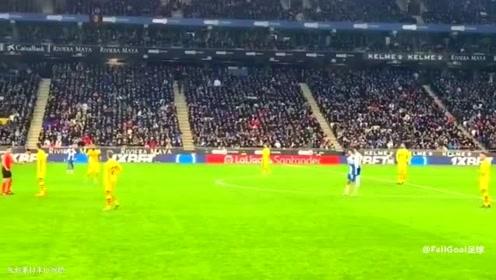 中国足坛的里程碑 回顾武磊西甲绝杀巴萨瞬间 看台球迷瞬间炸裂了
