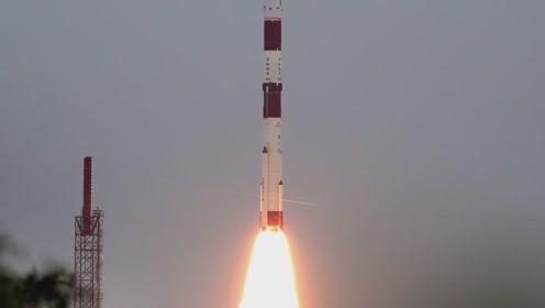 (电视通稿·海外·科技)印度成功发射一箭十星