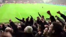 你过来! 曼联远征球迷嘲讽全场数千主队球迷
