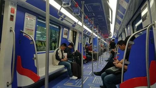 出发去山西平遥,来省会合肥坐火车,拍下安徽唯一的地铁