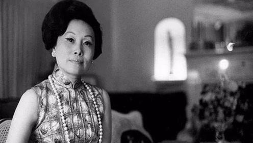 她是世界着名华人华侨领袖,曾获得影响世界
