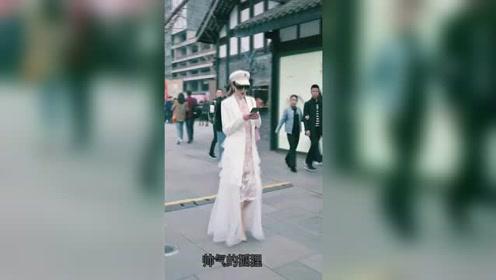 街拍时尚小姐姐