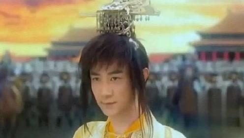 真命天子头戴金冠,背后千军万马在皇宫,不料这一切被刘伯温看到!