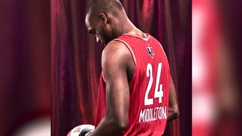 """【NBA晚自习】分享温情小故事阐述为何看好利拉德成为""""下一代曼巴""""!"""