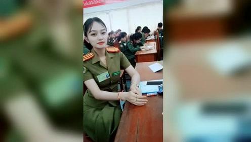 小姐姐穿军装自拍,真正的美少女战士!
