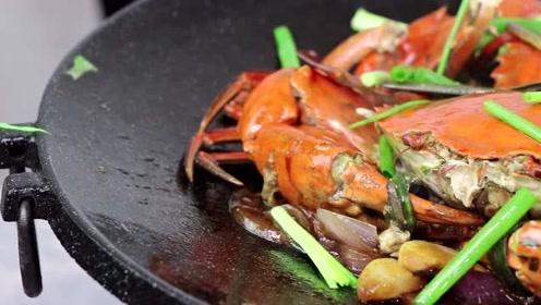 很多人不知道青蟹的蜜汁做法,这样做,满满的蟹黄越吃越香
