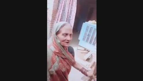巴基斯坦美女的自拍,网友:也有丑的!