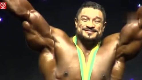 """奥林匹亚先生大赛:来自荷兰的肌肉巨兽""""大萝莉""""精彩集锦"""