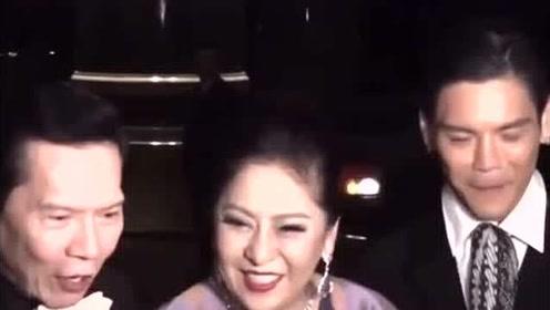 郭碧婷被曝产女后向太夫妇首露面 ,满脸笑意