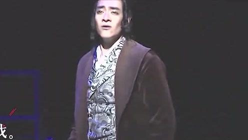 千玺成熟少年样子曝光,虞书欣舞台上肩带掉落,郑云龙:艺人与生活要分开!