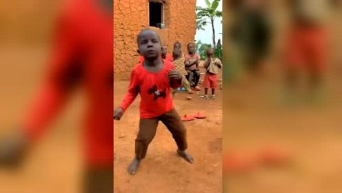 真没想到,非洲的小朋友,竟然这么可爱