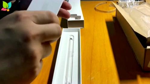 ApplePencil第一代上手,这东西长的真的好像一