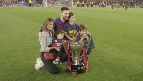 亲生的?梅西被儿子嘲讽:我是利物浦,你是巴萨,我会击败你