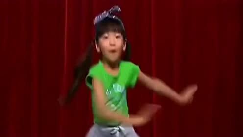 儿童广场舞小苹果,小朋友跳得真好看,跳舞的