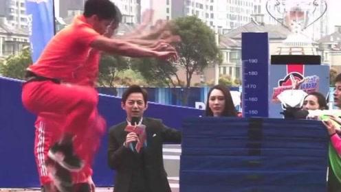 中国飞人苏炳添展示超强实力,145公分立定跳高竟轻轻松松