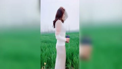 这才叫美女如云,个个身高180左右,谁说我不会笑笑一个给你们看#大长腿@肖雨婷#车展车模