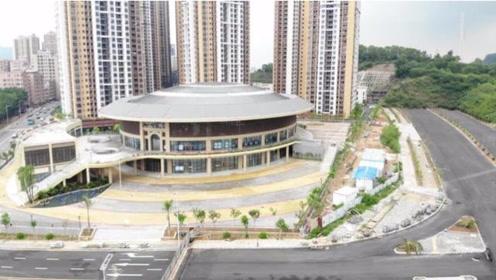 航拍深圳石岩新体育馆,圆形建筑