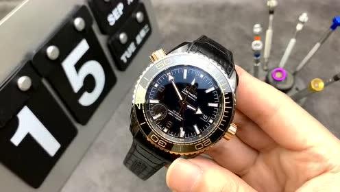 VS深海之王 深海之王顶配了手表行业各种顶尖技术等您驾驭。稀有精品,一款能帮您hold住气场的腕表