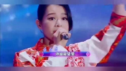 胡杏儿演唱《千千阙歌》,谢娜罗志祥激动起立,全场欢呼声