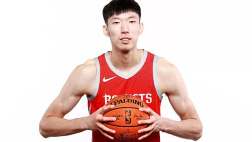 """叱咤青年赛的大魔王周琦,加盟NBA后,为什么被调侃为""""蛇王""""?"""