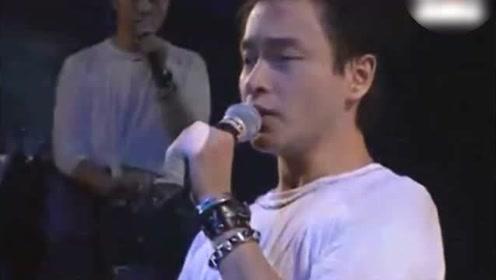 张国荣这首歌太优雅了!难怪谭咏麟当年抢着要和他唱这歌!