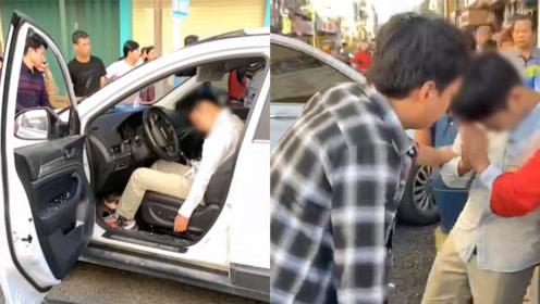 广东一轿车撞人后司机竟在车内睡大觉,被叫醒后反应亮了