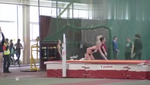 体育新看点:校园女子田径比赛第六场,颜值高,身材更棒