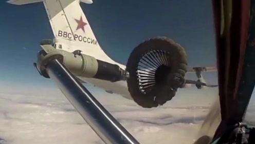 战斗机空中加油,都是硬管比软管好,看完视频就知道了