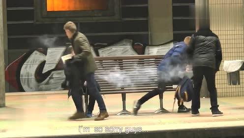 国外恶作剧:搞笑恶搞视频合集,爆笑!