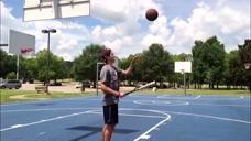 大神的迷之动作:花式玩转篮球,你们怎么这么