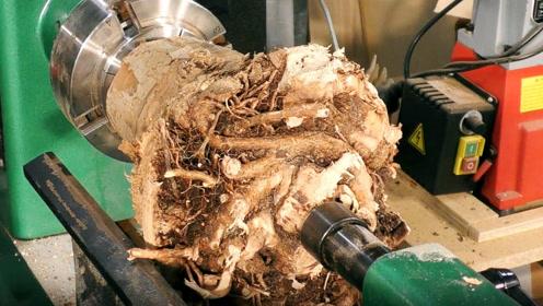 一个烂树根,大叔捡回家,放在车床上,做出成品后太漂亮了!
