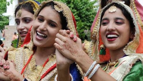 中国男生太帅?来中国留学的印度女生看到中国小伙,表示想嫁