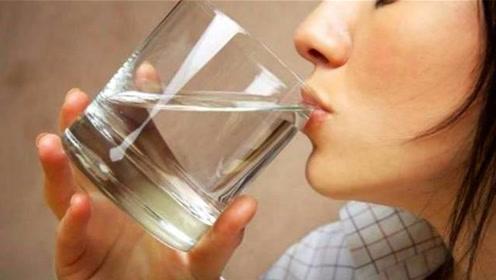 一天喝三杯水,让你从腰瘦到腿,简单有效减肥法,好方法真实用
