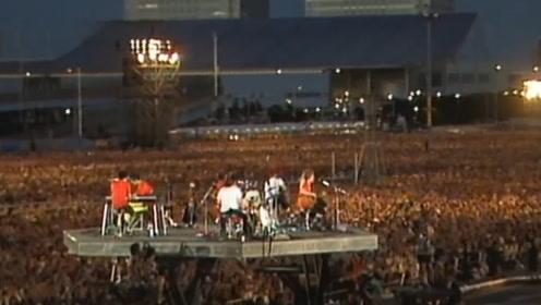 单场人数最多的演唱会,场内场外全是人,需要