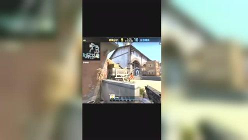 CSGO:炼狱小镇喷子一穿五,这技术简直了,一枪