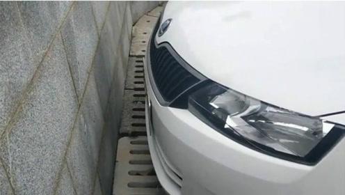 停车时怎样判断车头和墙的距离?车内看好这个点,不用再怕会撞到