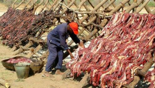 非洲最残忍的食物,看完不寒而栗,这和吃人有什么区别?