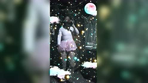 杜琳仙子————^O^生活艺术视频日记!对酒当歌人生几何。爱动漫爱跳舞时尚潮流服装秀!中国甘肃省地区