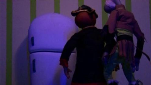 鹅堡小战队:怪物真搞笑,它们把冰箱当宝物了