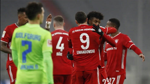 莱万梅开二度,成为第3位德甲打进250球的球员,拜仁2-1逆转狼堡