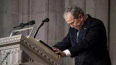 再见了世界上最棒的爸爸!小布什在父亲葬礼上