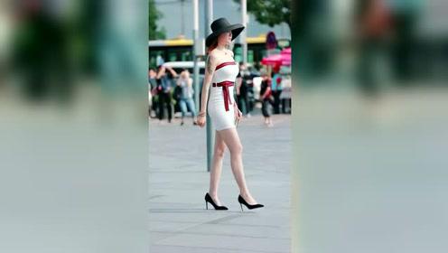 三里屯街拍,黑帽子小姐姐,真的超级漂亮了